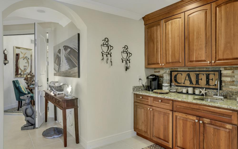 6021 Silver King Blvd #102, Cape Coral - Condo For Sale 587904088