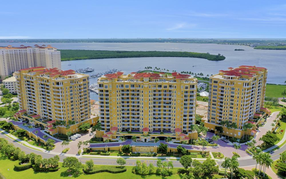 6081 Silver King Blvd #403, Cape Coral - Condo For Sale 1880207093