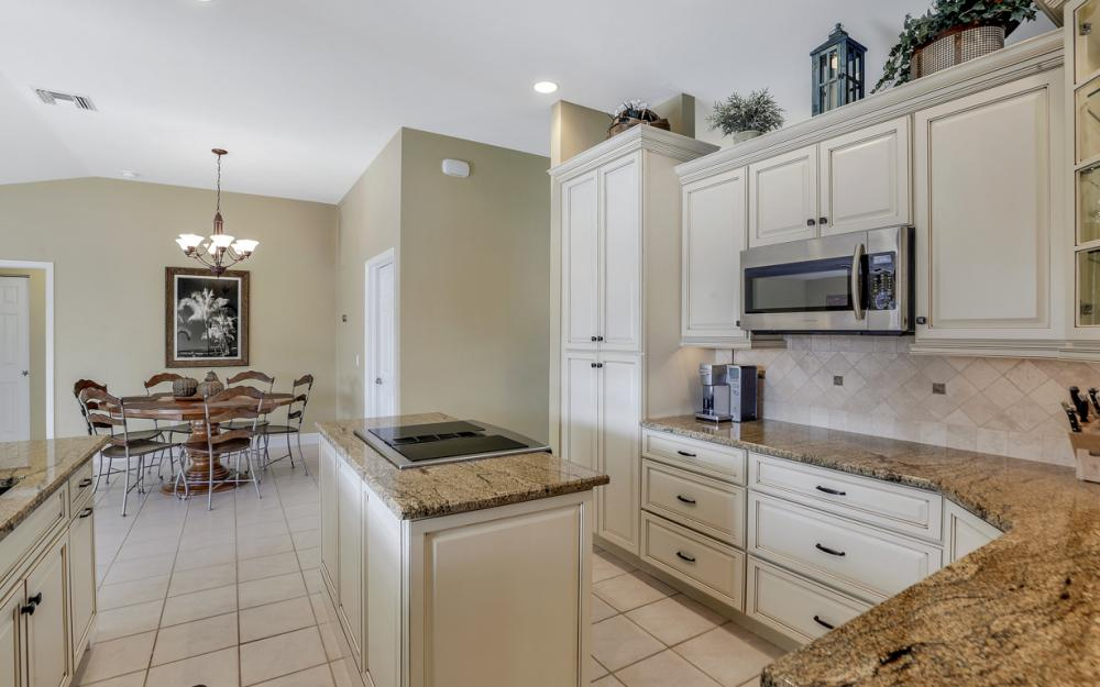 348 Waterleaf Ct, Marco Island - Home For Sale 1081700845