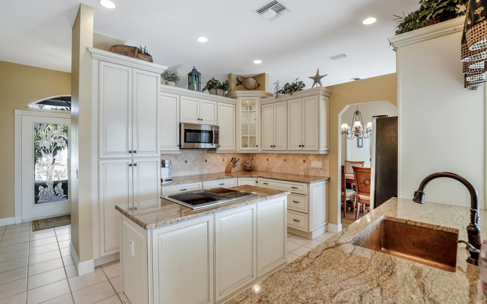 348 Waterleaf Ct, Marco Island - Home For Sale 2019360936