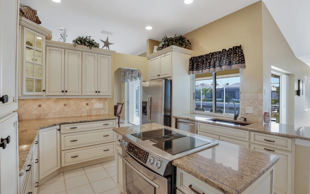 348 Waterleaf Ct, Marco Island - Home For Sale 244380023