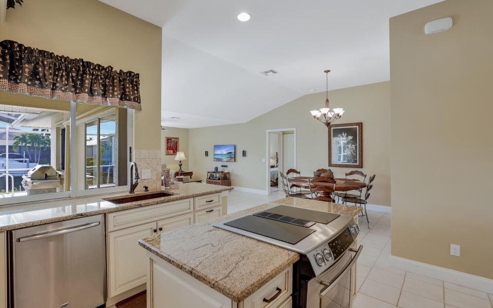 348 Waterleaf Ct, Marco Island - Home For Sale 1743823814