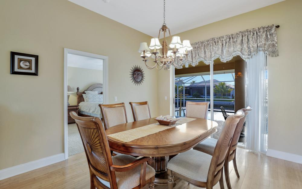 348 Waterleaf Ct, Marco Island - Home For Sale 48701863