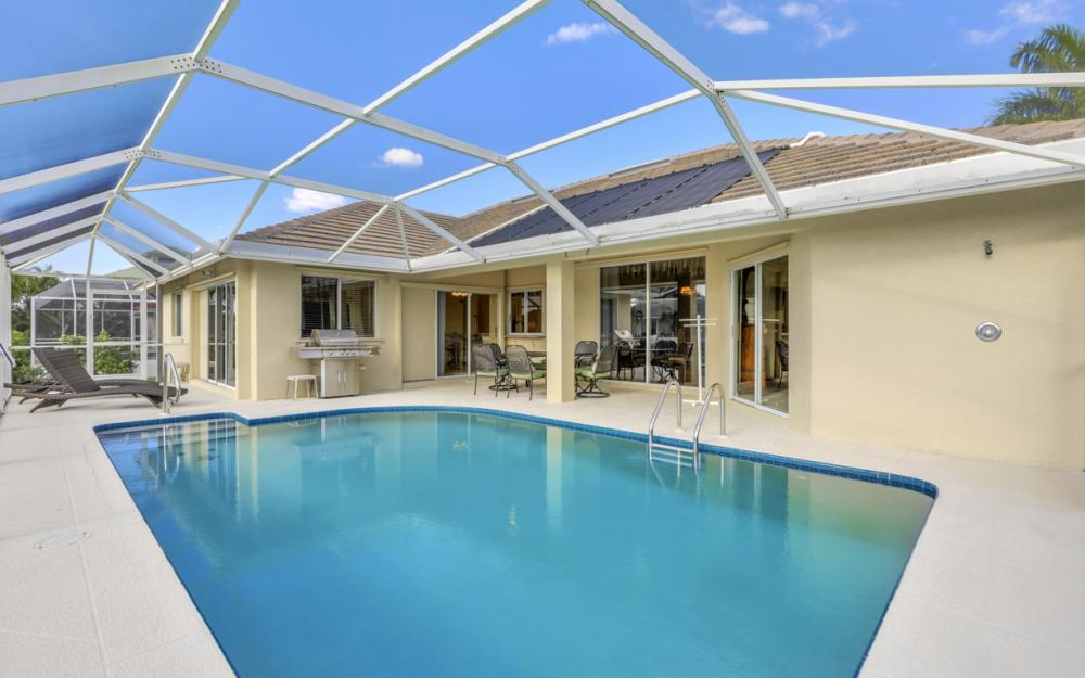 348 Waterleaf Ct, Marco Island - Home For Sale 2034373771