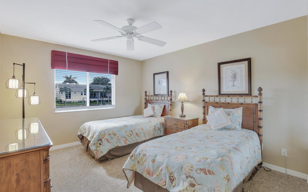 348 Waterleaf Ct, Marco Island - Home For Sale 2102556707
