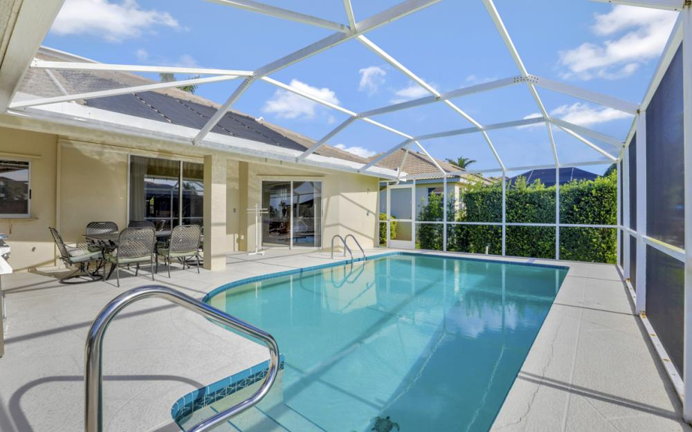 348 Waterleaf Ct, Marco Island - Home For Sale 2008394676