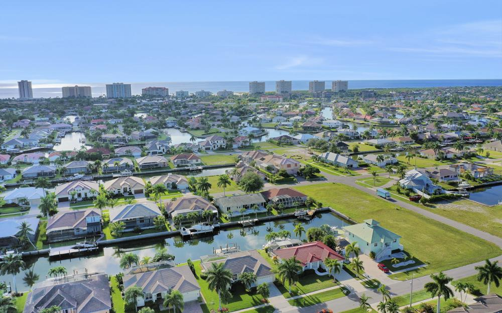 348 Waterleaf Ct, Marco Island - Home For Sale 935602602