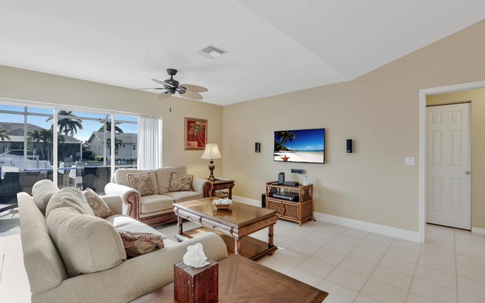 348 Waterleaf Ct, Marco Island - Home For Sale 875162778