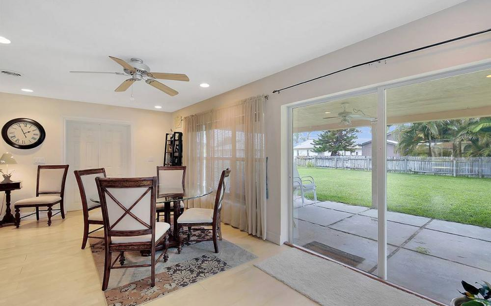 1027 SE 18th Ave, Cape Coral - House For Sale 1633990372