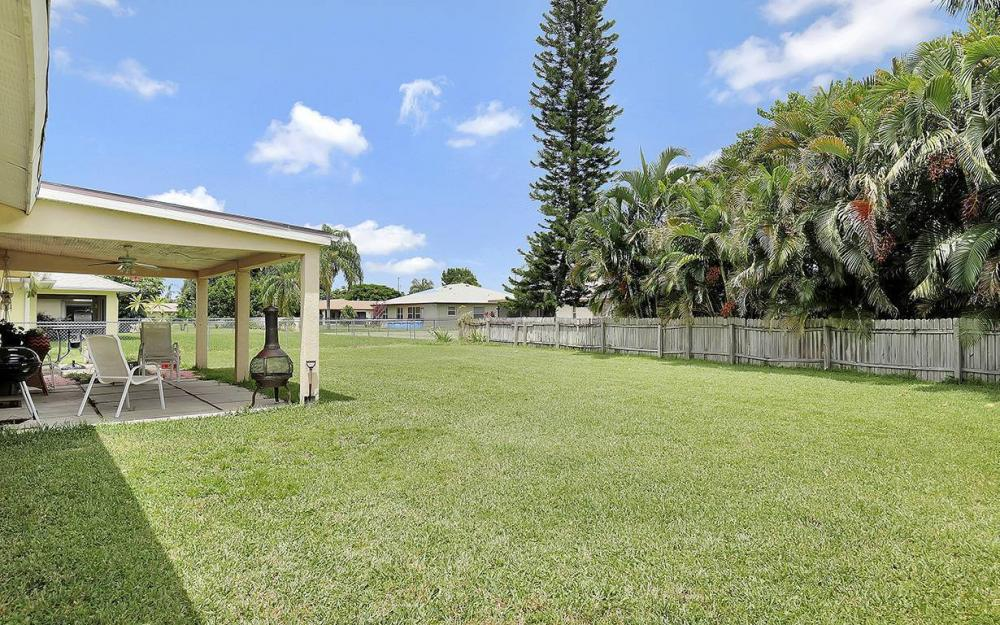 1027 SE 18th Ave, Cape Coral - House For Sale 326229990