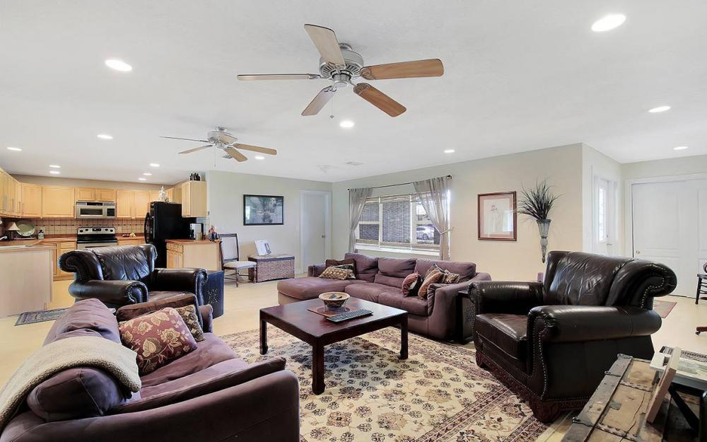 1027 SE 18th Ave, Cape Coral - House For Sale 504192866