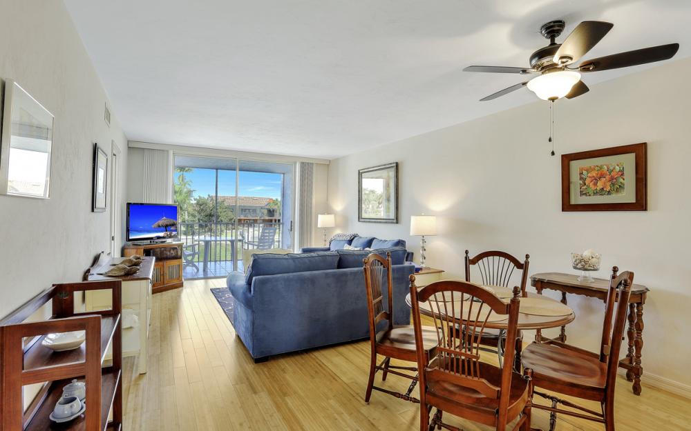 893 Collier Ct #204, Marco Island - Vacation Rental 1231468460