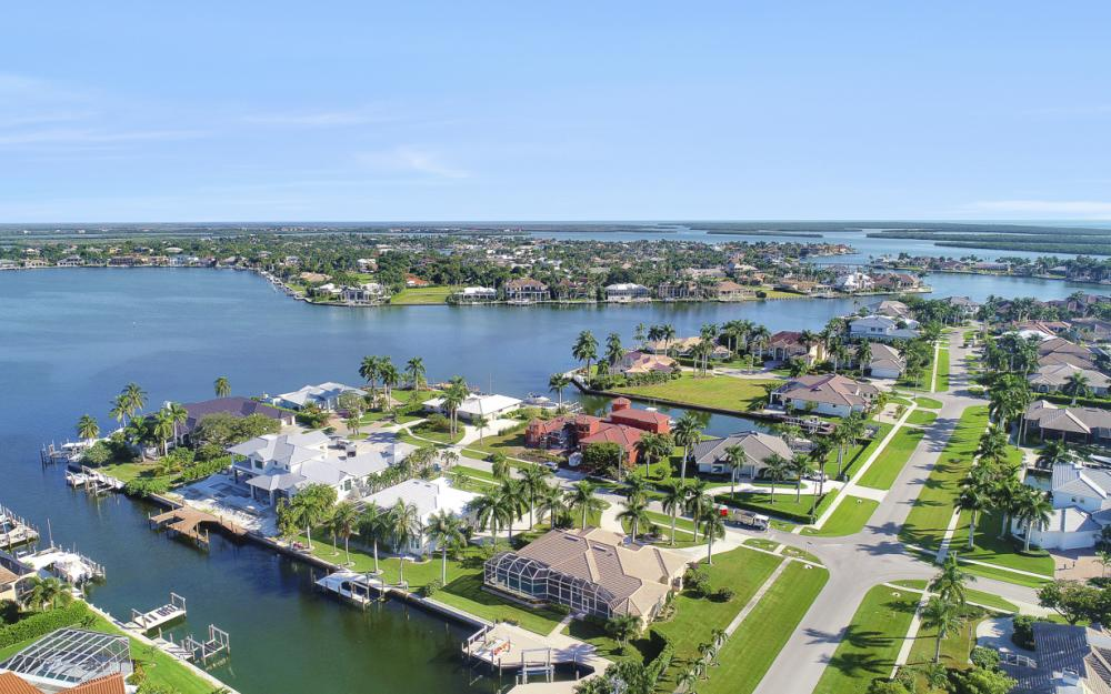 1400 Quintara Ct, Marco Island - Home For Sale 1920479337