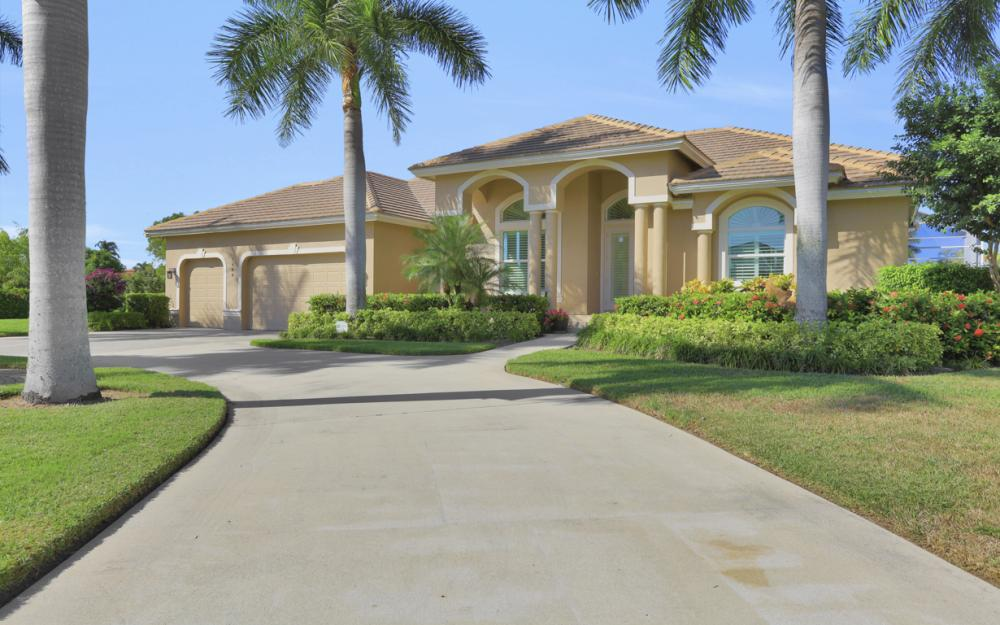 1400 Quintara Ct, Marco Island - Home For Sale 783290942