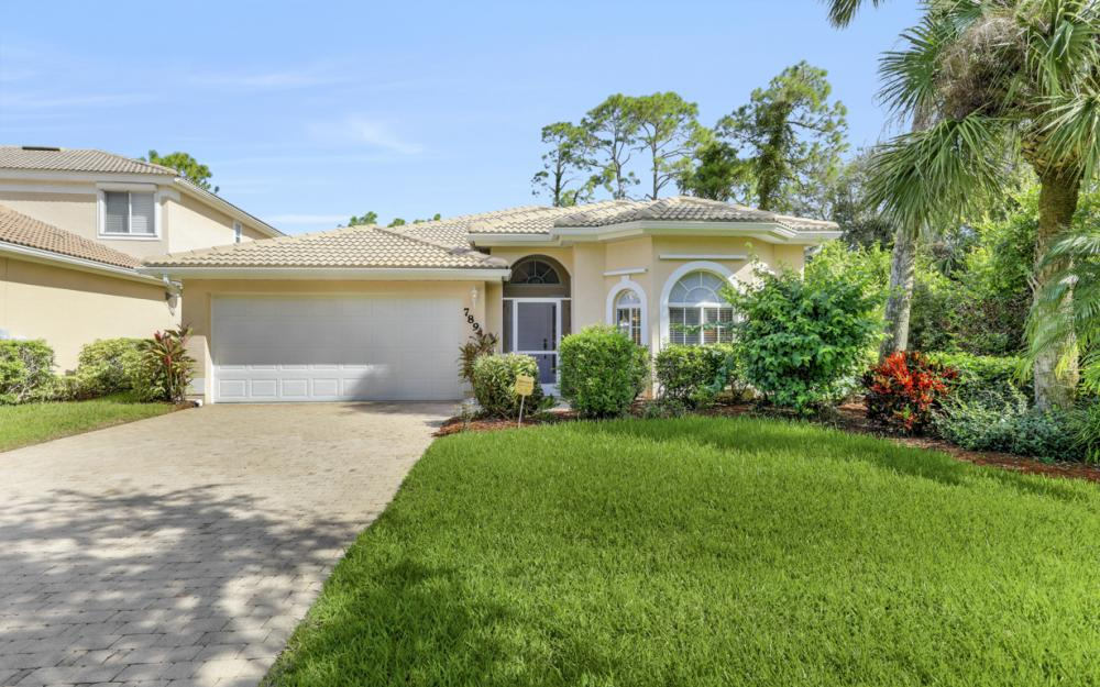 7895 Berkshire Pines Dr, Naples - Home For Sale 332318812