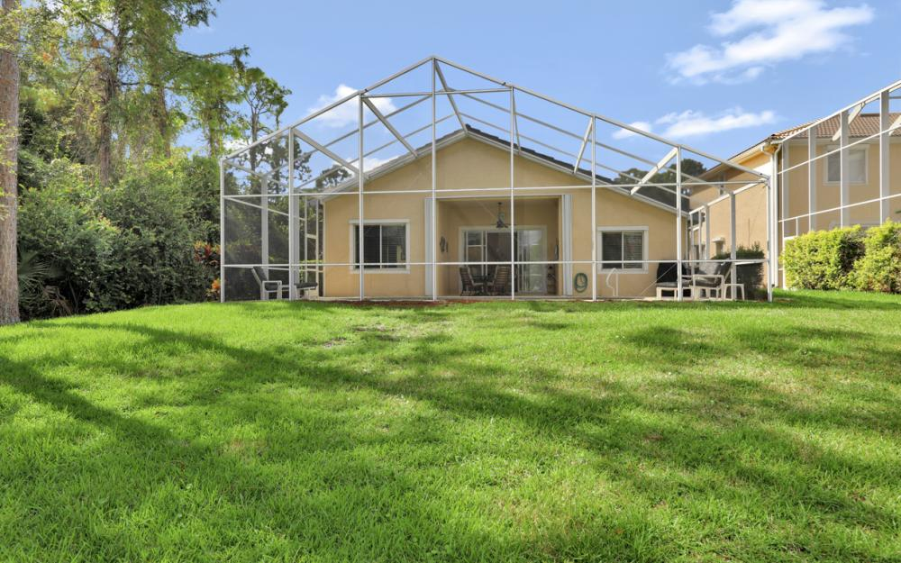 7895 Berkshire Pines Dr, Naples - Home For Sale 2050895877