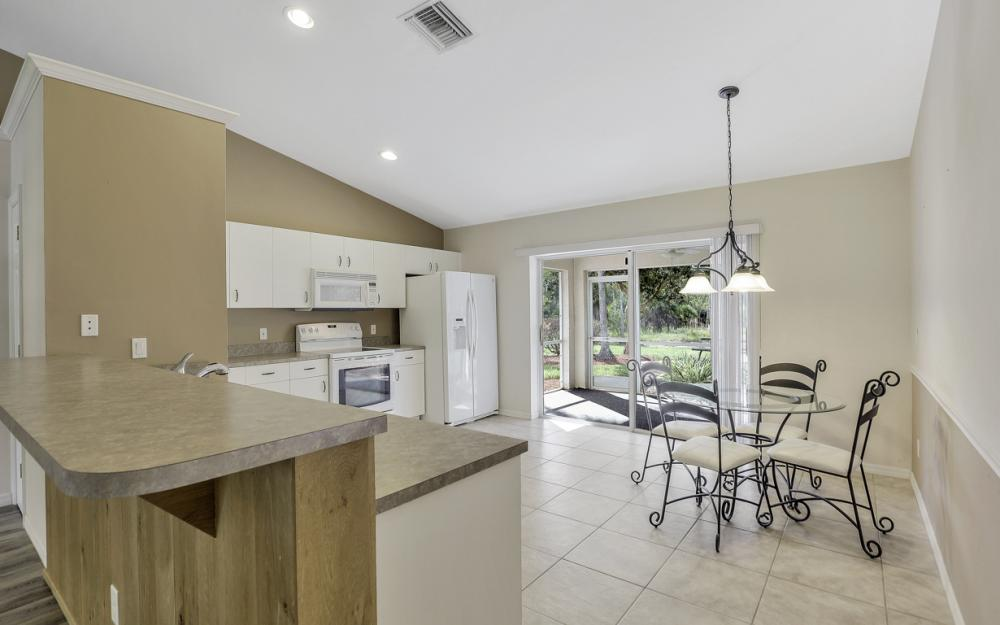 24200 Mountain View Dr, Bonita Springs - Home For Sale 215993763