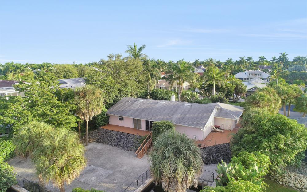 525 16th Ave S, Naples - Home For Sale 279987800