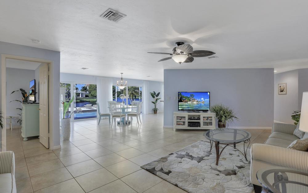 4771 West Blvd, Naples - Home For Sale 602723076