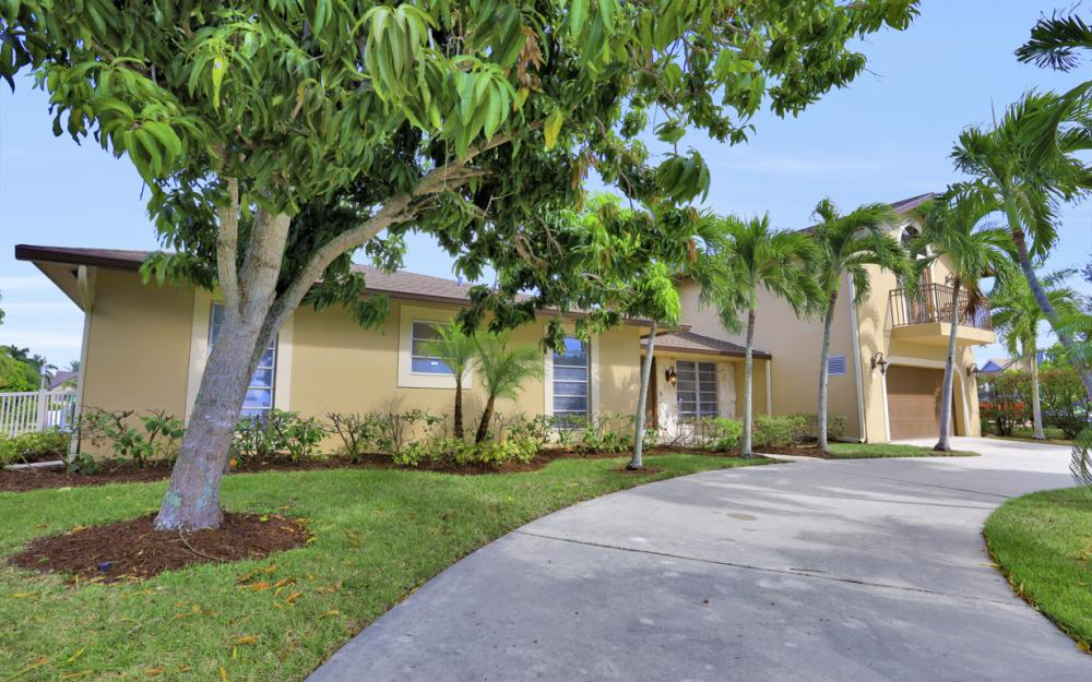 807 Fairlawn Ct, Marco Island - Vacation Rental 1352059461