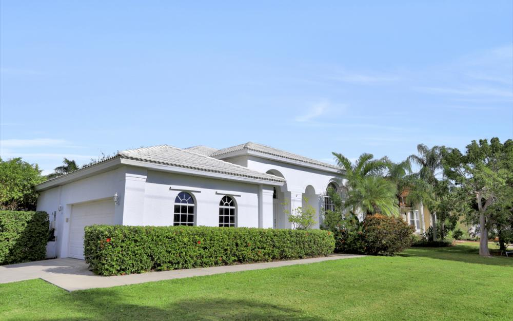 197 Bald Eagle Dr, Marco Island - Home For Sale 1395093945