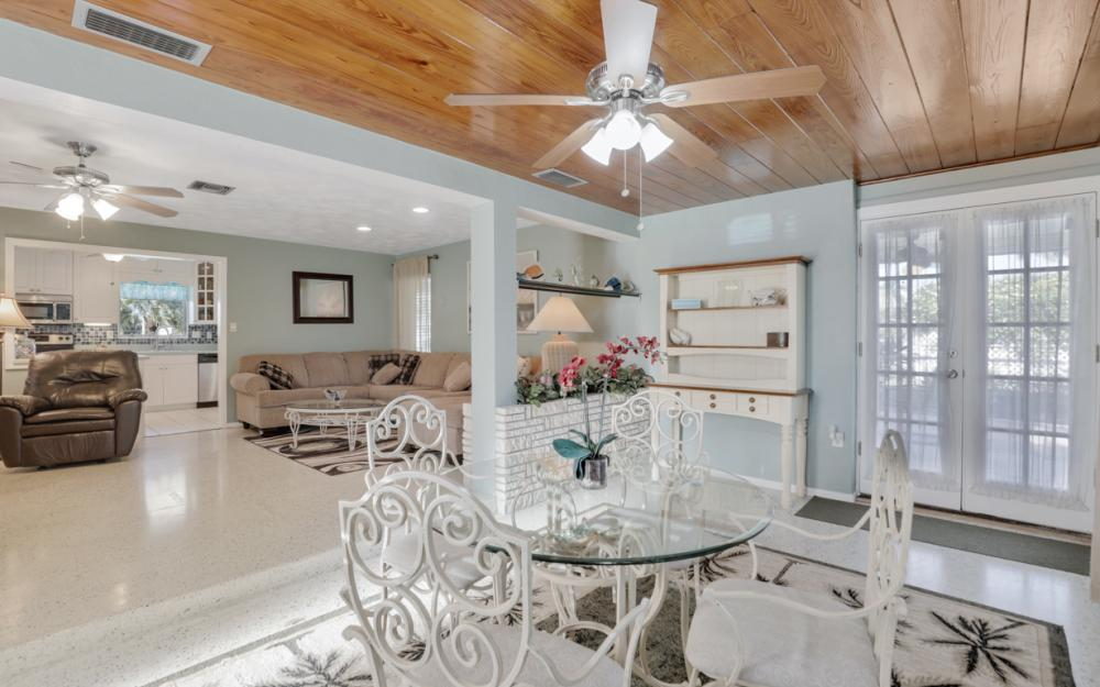11491 Heidi Lee Ln, Fort Myers - Home For Sale 534360335