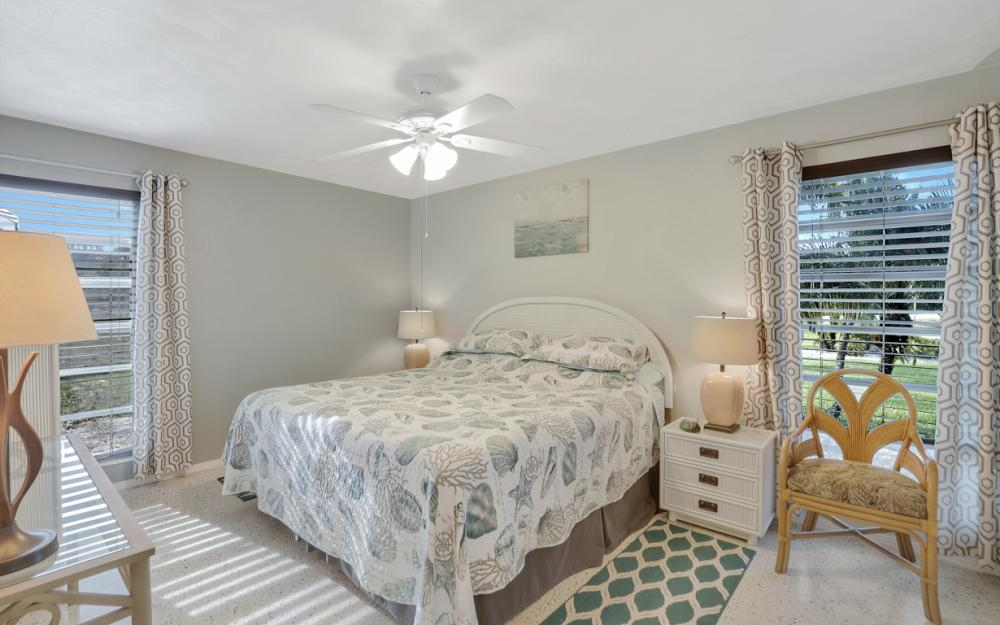 11491 Heidi Lee Ln, Fort Myers - Home For Sale 388277495