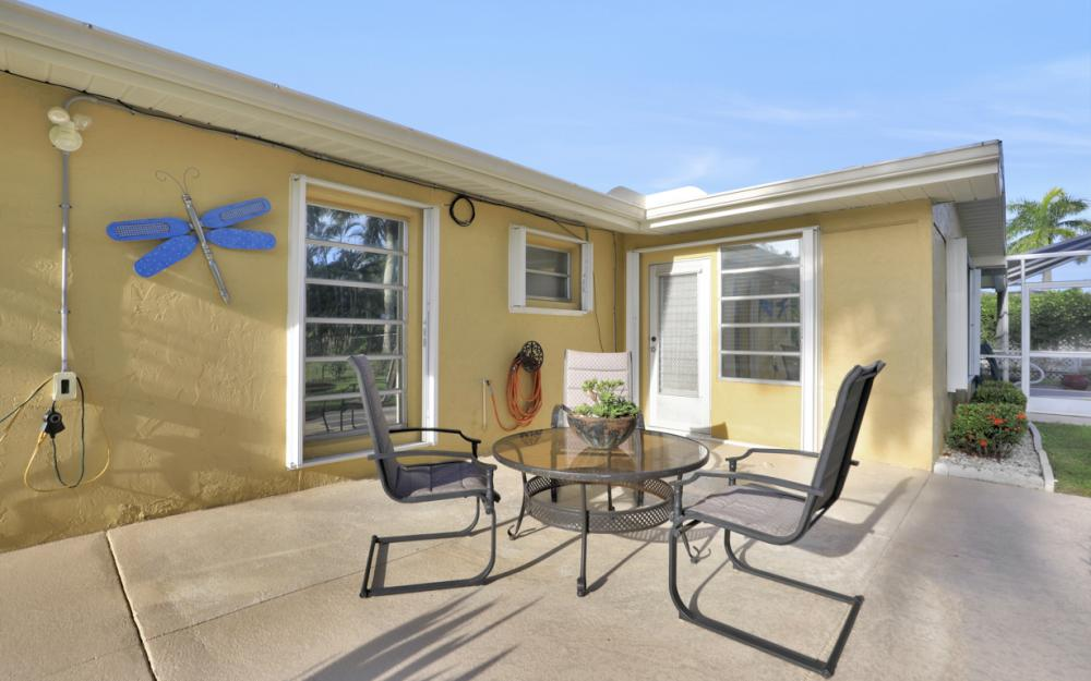 11491 Heidi Lee Ln, Fort Myers - Home For Sale 231183187