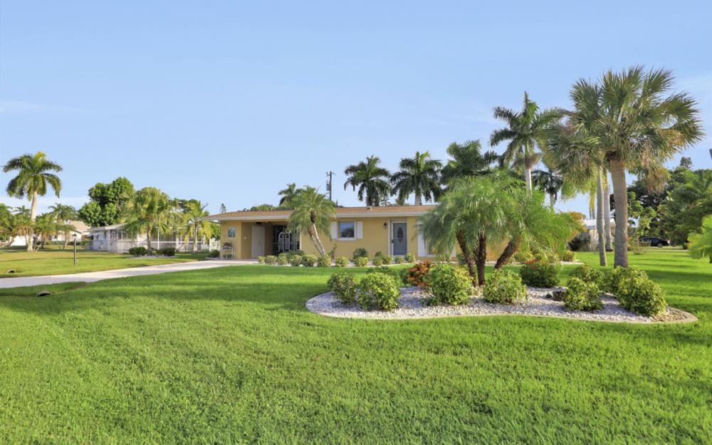 11491 Heidi Lee Ln, Fort Myers - Home For Sale 1768185967