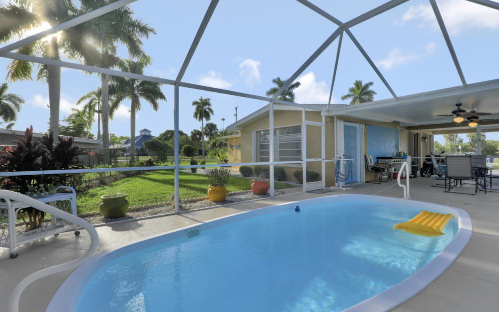 11491 Heidi Lee Ln, Fort Myers - Home For Sale 435271601