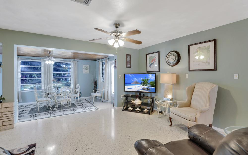 11491 Heidi Lee Ln, Fort Myers - Home For Sale 1358412636