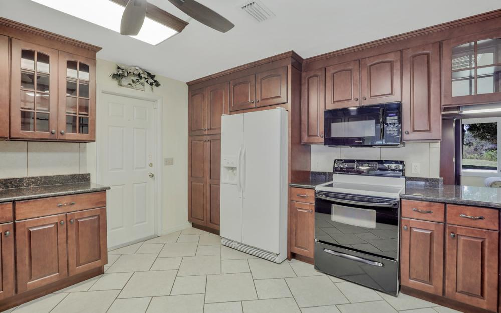 2318 Westwood Rd, North Fort Myers - Home For Sale 847597708