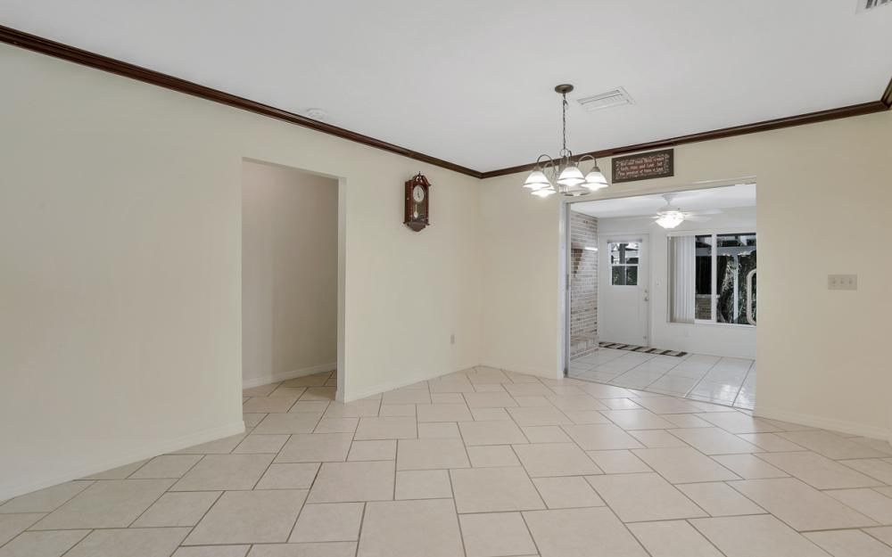2318 Westwood Rd, North Fort Myers - Home For Sale 1717629228