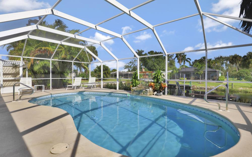 2318 Westwood Rd, North Fort Myers - Home For Sale 662055640