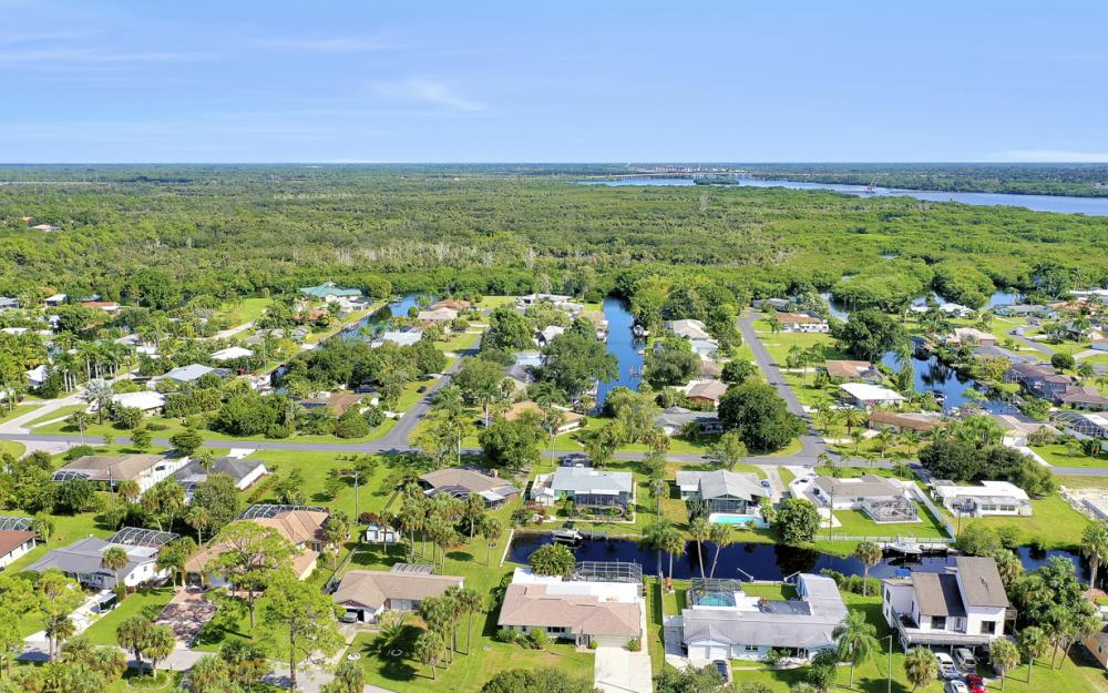 2318 Westwood Rd, North Fort Myers - Home For Sale 1428326917