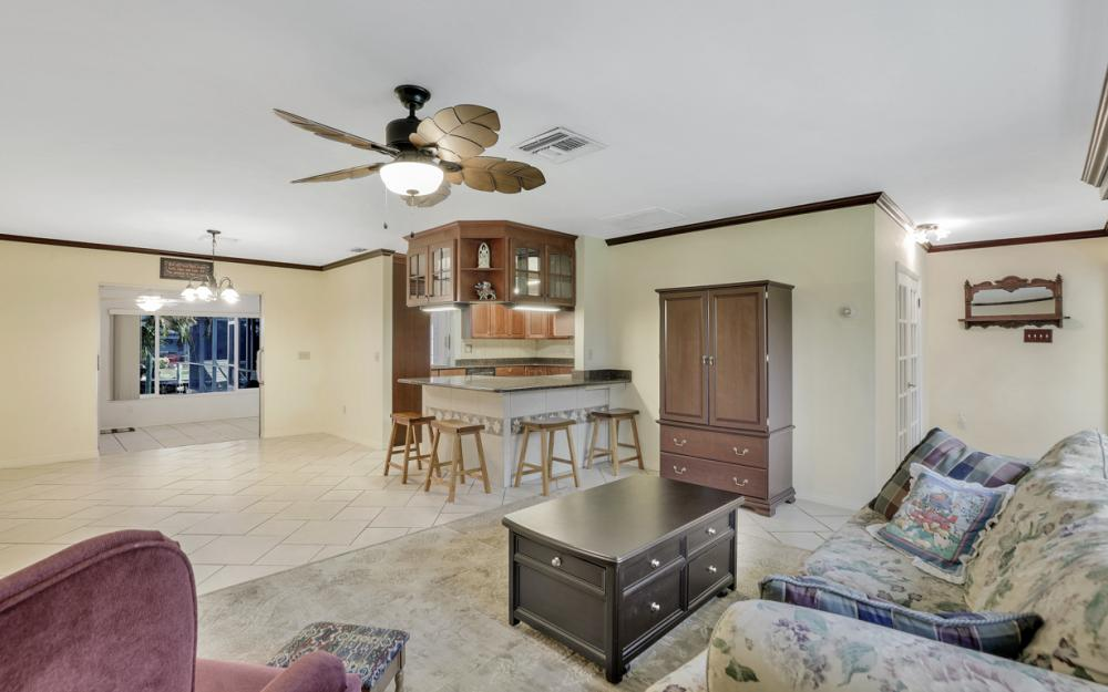 2318 Westwood Rd, North Fort Myers - Home For Sale 680564448
