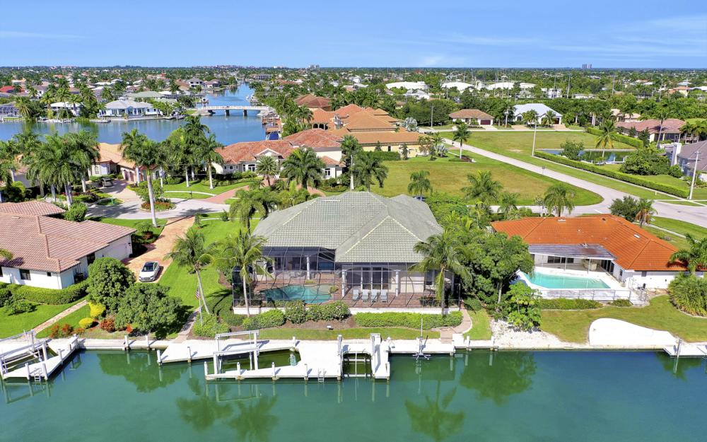 1381 Cutler Ct, Marco Island - Home For Sale 787549204