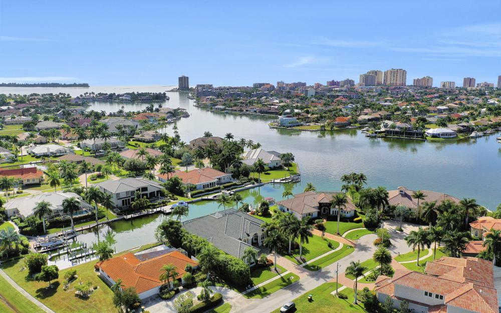 1381 Cutler Ct, Marco Island - Home For Sale 1740265813