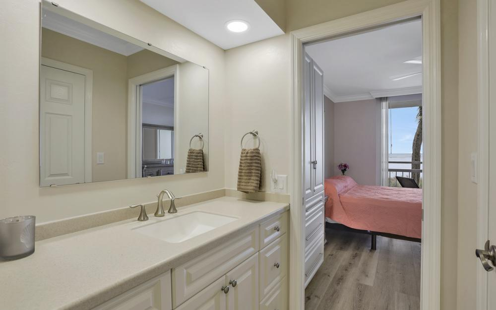 180 Seaview Ct #205, Marco Island - Vacation Rental  1037577186