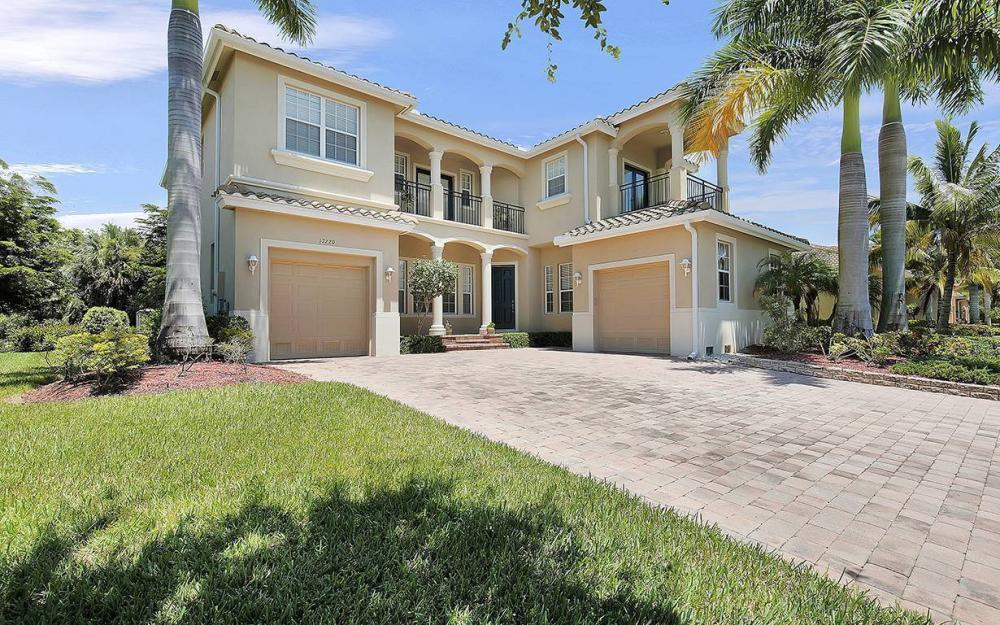 17220 Wrigley Cir, Fort Myers - House For Sale 319918935