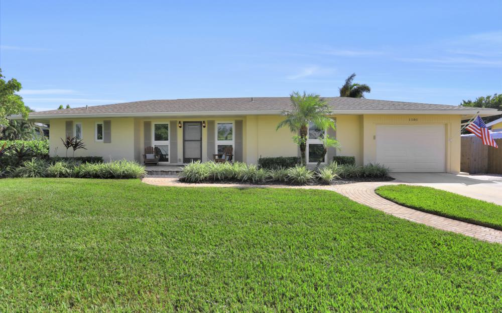 1181 Fourwinds Ave, Marco Island - Home For Sale 619542345