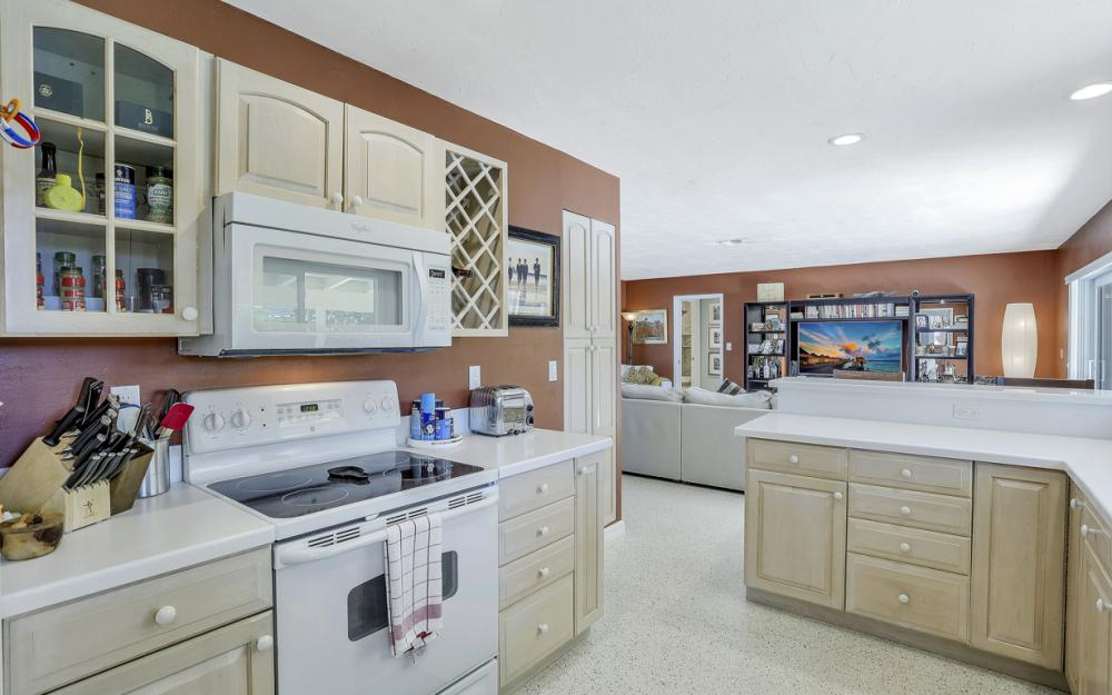 1181 Fourwinds Ave, Marco Island - Home For Sale 437549876