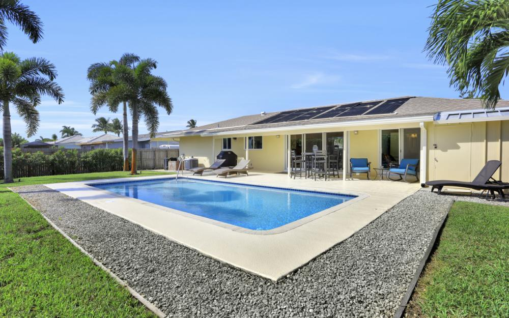 1181 Fourwinds Ave, Marco Island - Home For Sale 1864426971
