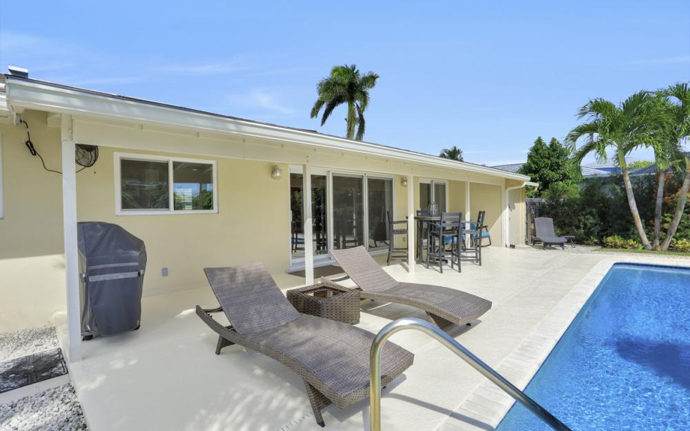 1181 Fourwinds Ave, Marco Island - Home For Sale 991453186