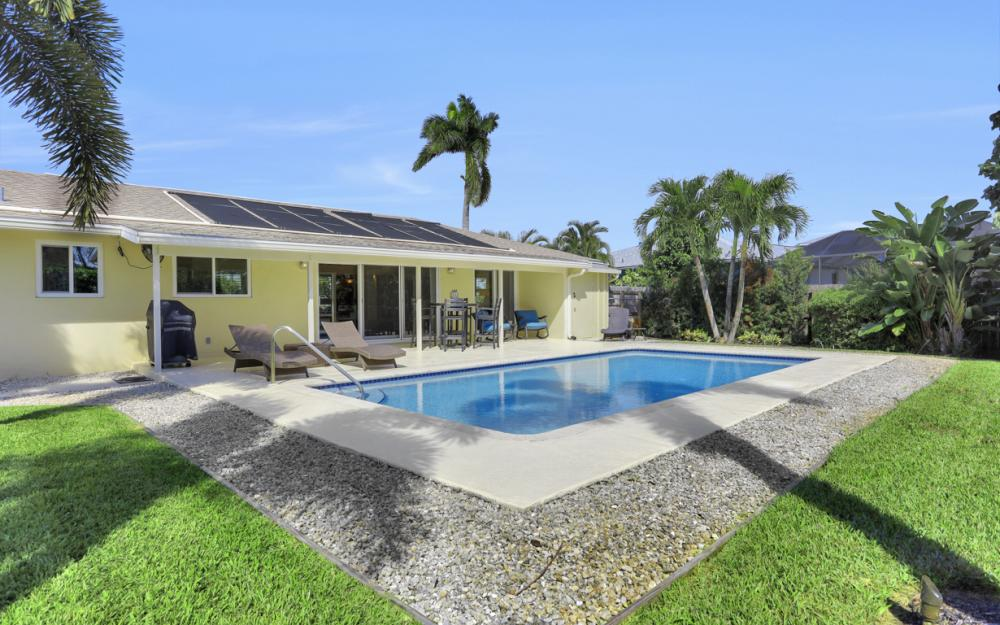 1181 Fourwinds Ave, Marco Island - Home For Sale 814549942