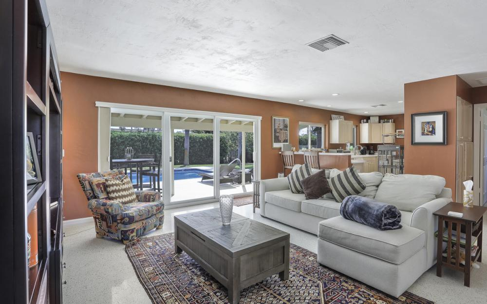 1181 Fourwinds Ave, Marco Island - Home For Sale 105347702