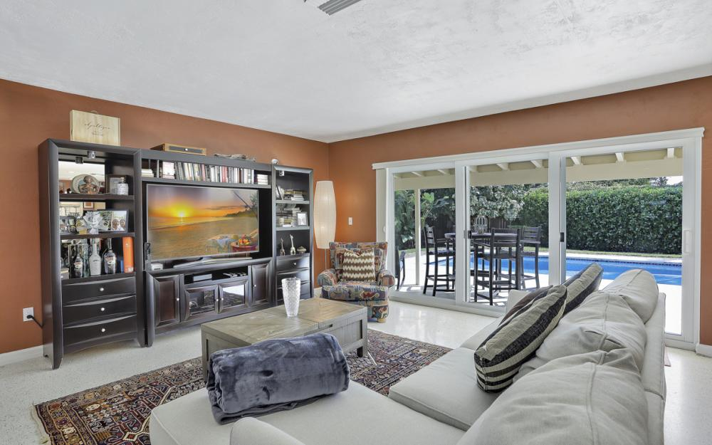1181 Fourwinds Ave, Marco Island - Home For Sale 283786948