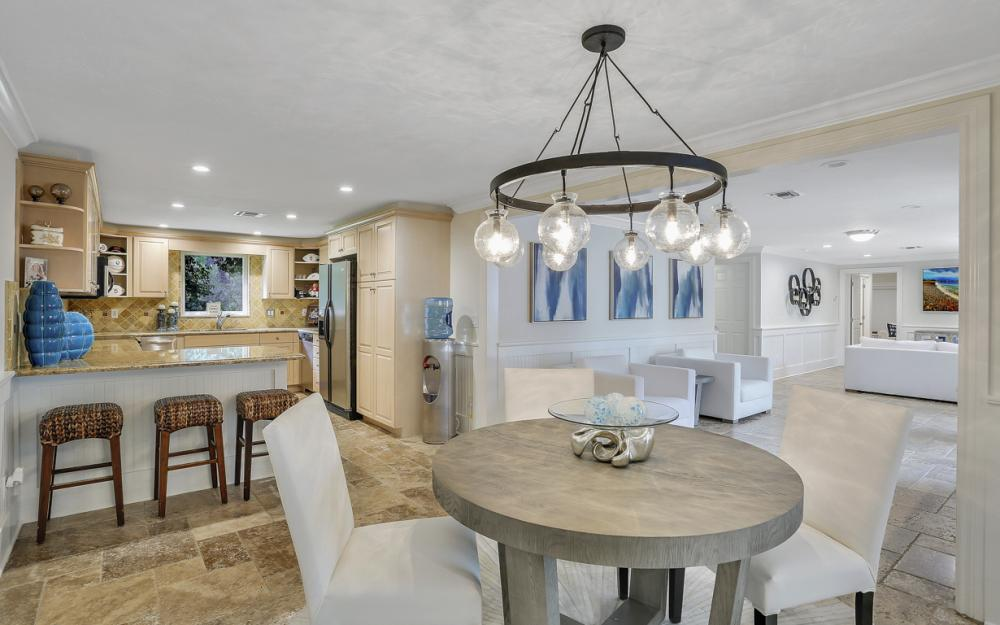 75 East Ave, Naples - Luxury Home For Sale 206290881