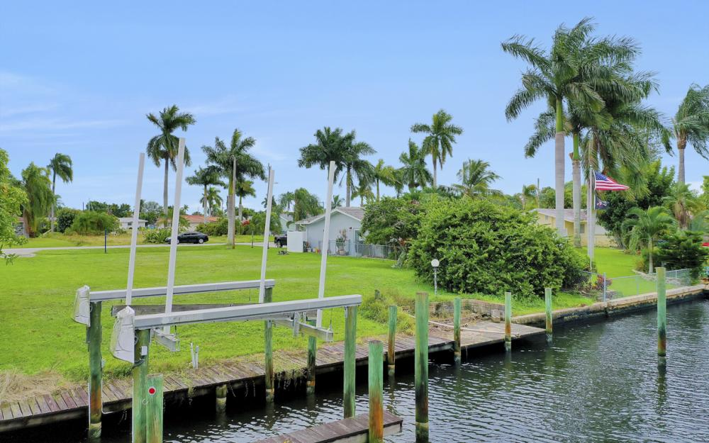 5372 Darby Ct, Cape Coral - Lot For Sale 806160497