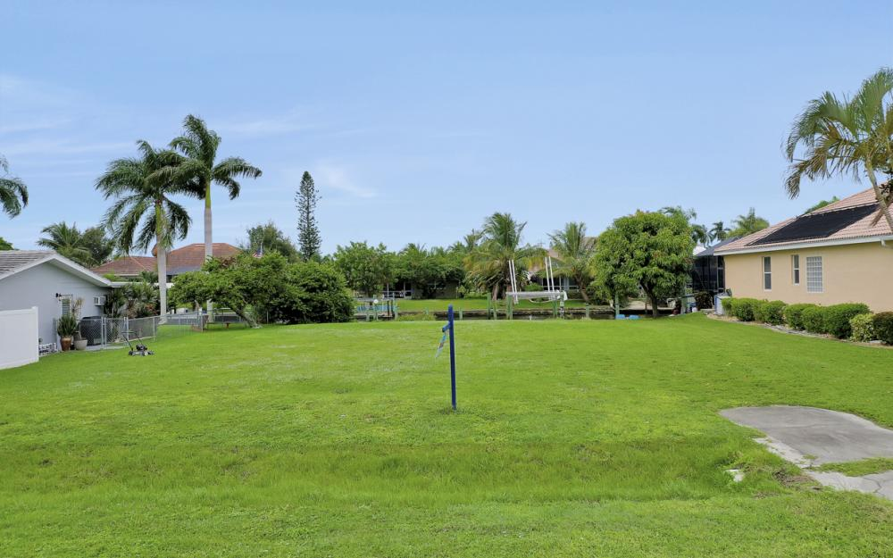 5372 Darby Ct, Cape Coral - Lot For Sale 1062663274